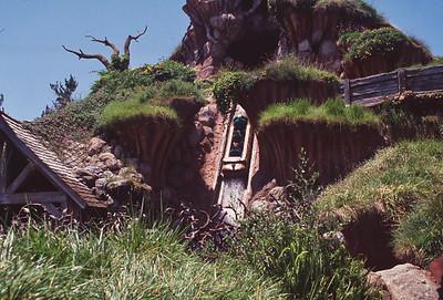 012 Disneyland