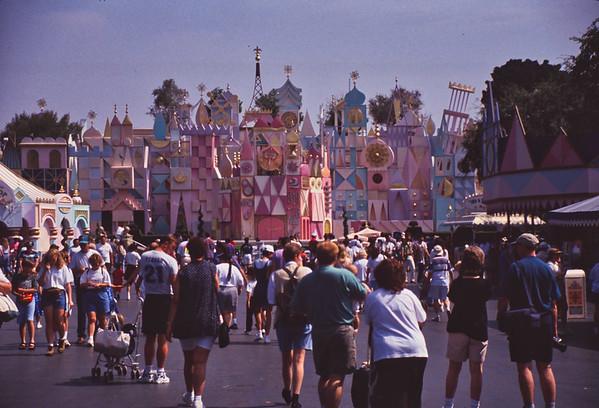 014 Disneyland