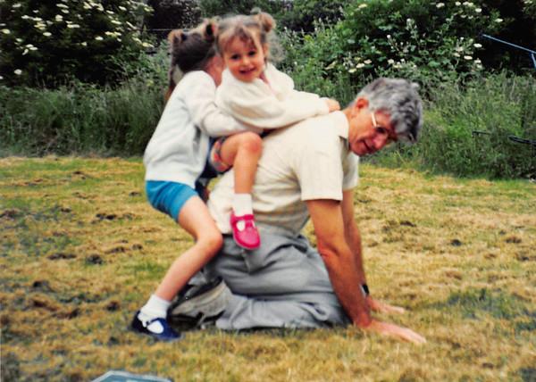 08 At Mum & Dads 1994