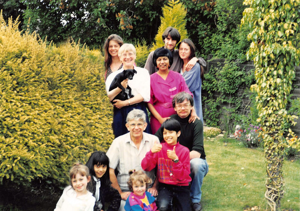 05 At Mum & Dads 1994
