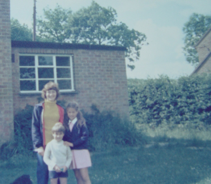 01 Callans Lane 1975