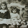Nora Wilf & Vera 1921
