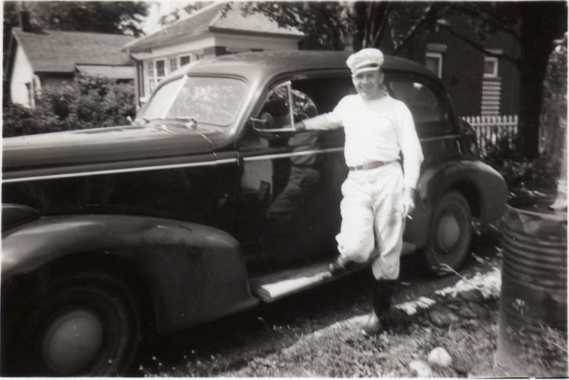 Dad with Oldsmobile driven to Camp Borden