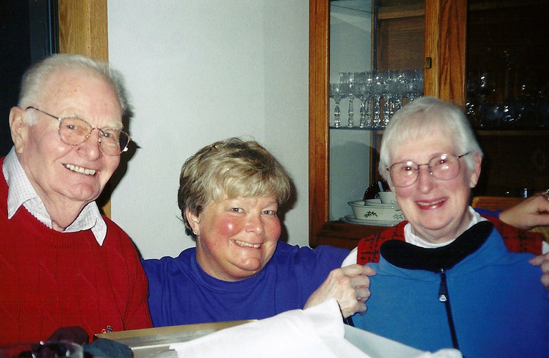 Mom, Grandpa & Grandma, November 2000