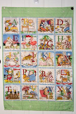 2015-08-20 Ollie Alphabet Quilt