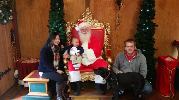 2015-12-05 Family with Santa