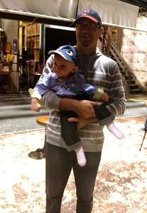 Oliver and Joe visited the set of 2 Broke Girls.