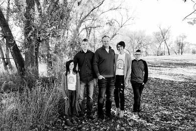 00007©ADHPhotography2020--TonyaOlson--FAMILY--OCTOBER30bw