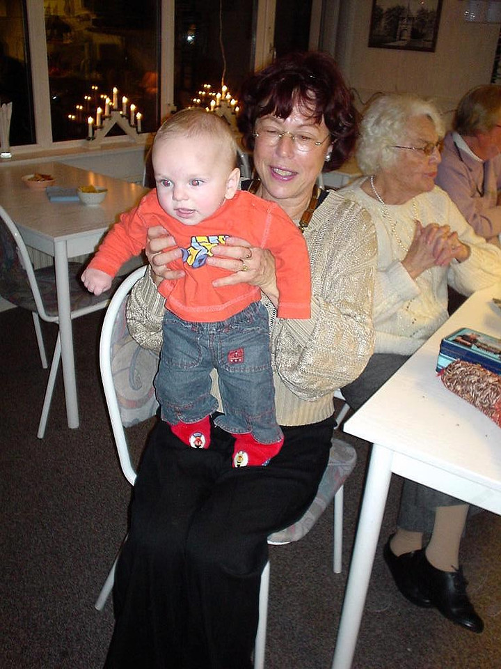 My aunt Tante Willy was delighted with a little baby girl