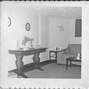 Some photos of the beautiful 50's décor in our apartment in the basement of the Harrison house.
