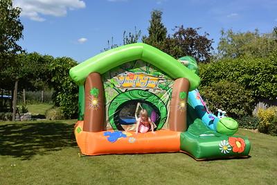 Jaimies Bouncy Castle Jun 2015 017