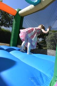 Jaimies Bouncy Castle Jun 2015 011