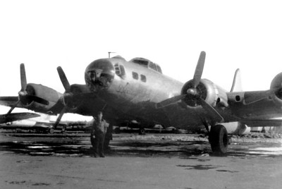 "55th GCS.  Tachikawa, Japan   ""Gook - Carrier - Squadron "" B-17 Flying Fortress"