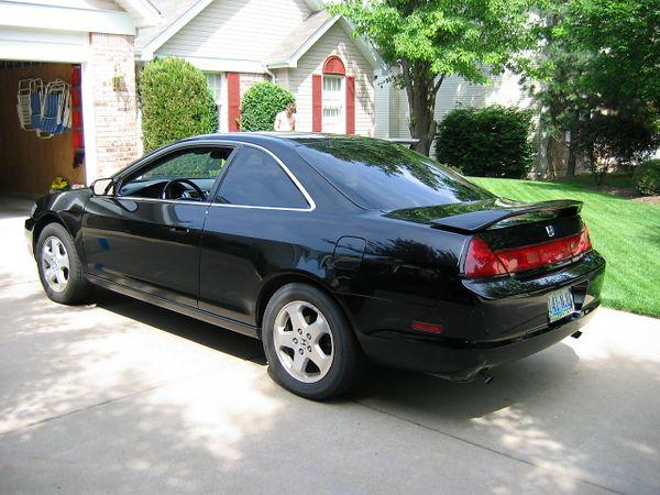 <big>Jay's Honda Accord all washed up.</big><BR> May 2004