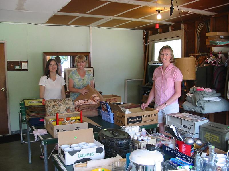 Garage Sale at 226<br /> June 2007