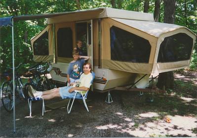 Camping at Mark Twain Lake in Starcraft Camper