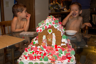 2014 Gingerbread House