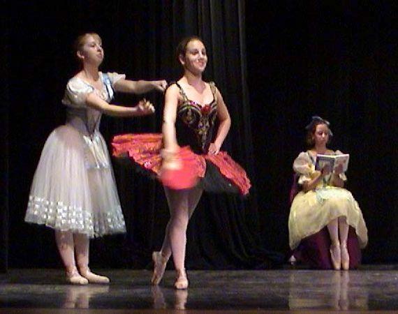Jen Spanish dance at JCC, 2001