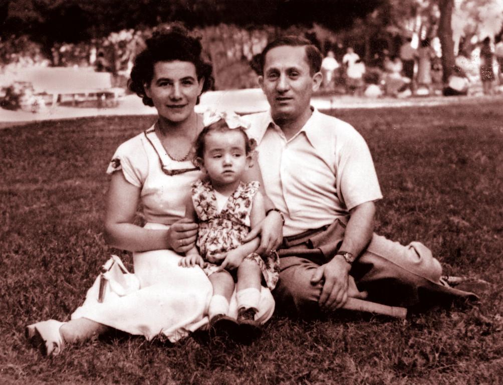 Mania, Zalman and Rose Friedman in Israel