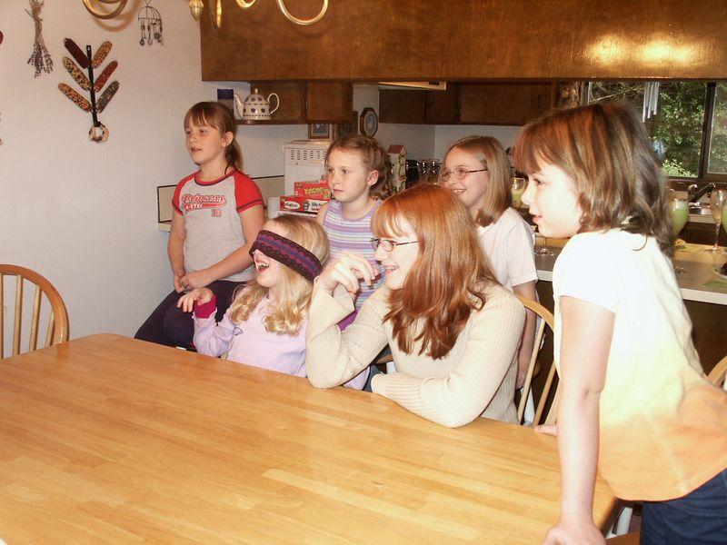 emily's friend party (4)