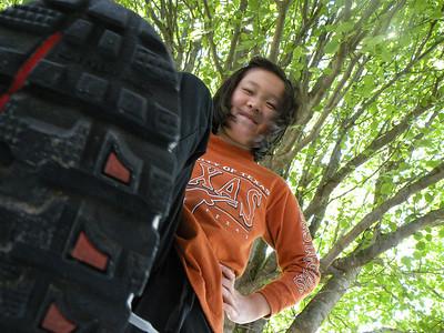 """2009-04-12 Sarah the """"ant bully"""""""