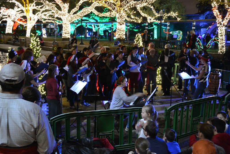 Live choir at the Zoo