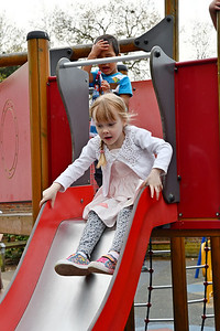 Jaimie at Marlow May Fayre May 2016 014