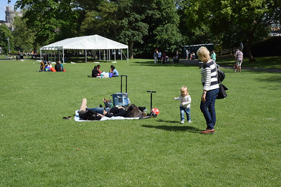 Windsor with kids May 2014 067
