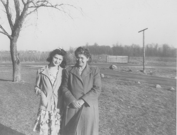 Hazel & daughter Francis-2