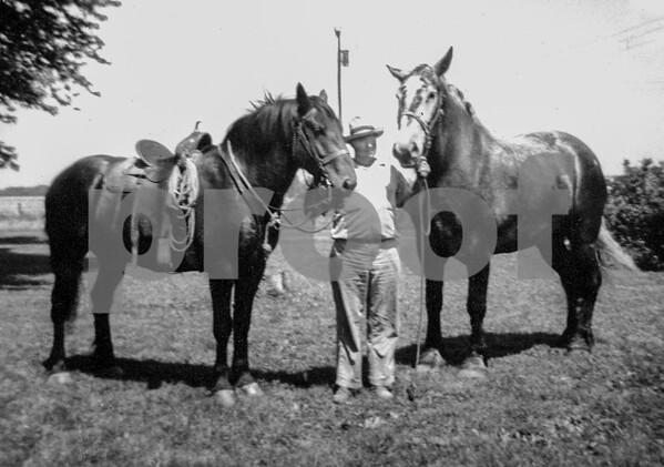 pa & saddle horse & Belgan