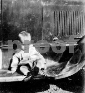 Babay Eugene on a fender