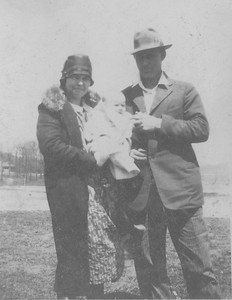 PA&Hazel with first born, Lucille 1917-2
