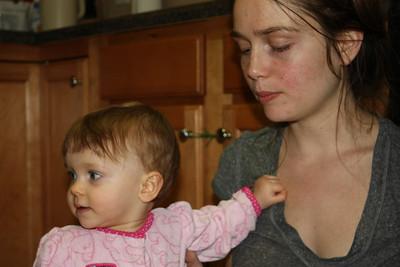 2012 12 25_Magiono's with Isabella_4984