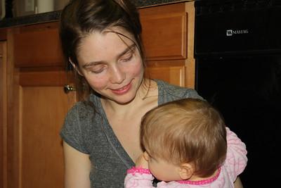 2012 12 25_Magiono's with Isabella_4990
