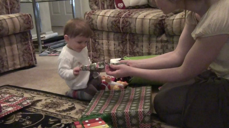 2012 12 25_Christmas Videos Rachel_5286