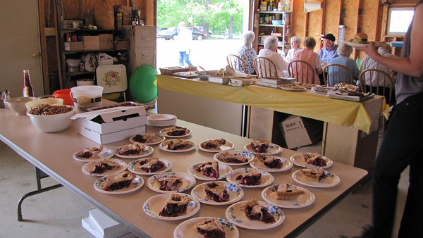 What's a fish boil without cherry pie?!