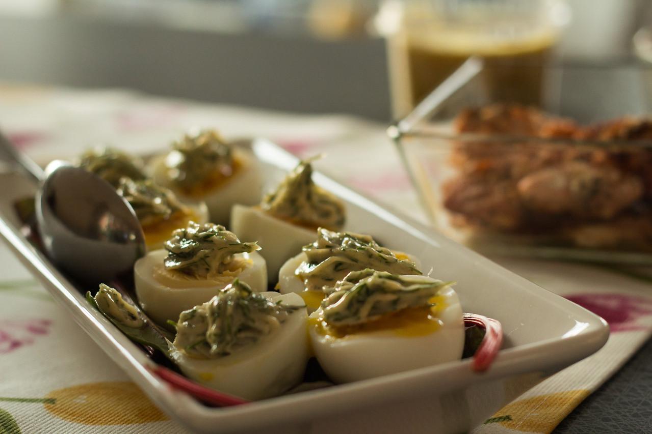 Ägghalvor med  majonnäskräm.