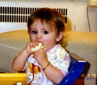 Sydney Jean Kane just loves her bananas. See!