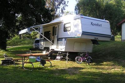 Our 2001 Komfort 23F 5th Wheel at Lake Casitas.