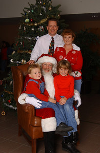 Kane family portrait during the NFESC Christmas Party.
