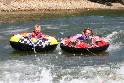 Aunt Betsy is picking up the speed a little bit as Christopher and Sydney go tubing on Lake Nacimiento.