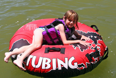 Sydney is relaxing after swimming around in Lake Nacimiento.