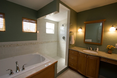 Recently renovated master bathroom with marble countertop and Italian tilework (glass shower enclosure was installed after this picture was taken). 2611 Woodside Place, Oxnard CA. (Image taken with Canon EOS 20D at ISO 400, f11.0, 1/25 sec and 10mm)