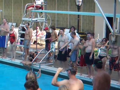 VIDEO. The Lounsbury family invited us to Tuckahoe Recreation Club to enjoy a day of swimming on Labor Day. This video shows a bunch of the parents compete in the Beer Dive! Yes, you read that correctly. Lincoln leaped to the middle and scooped up four beers. Pat got off to a late start, so he headed to the bottom to pick up a couple of beers that sank.