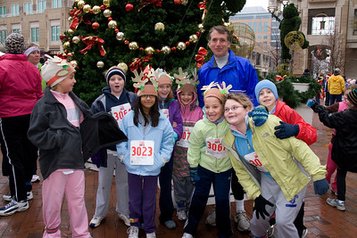 Sydney has been participating twice a week in a before-school program called Girls on the Run. The fall season finished with a 5K run during the 2nd Annual Girls on the Run Reindeer Romp. (Image taken with Canon EOS 20D at ISO 800, f5.6, 1/60 sec and 17mm)