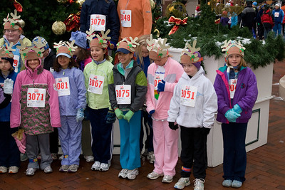 Sydney has been participating twice a week in a before-school program called Girls on the Run. The fall season finished with a 5K run during the 2nd Annual Girls on the Run Reindeer Romp. (Image taken with Canon EOS 20D at ISO 800, f6.3, 1/60 sec and 33mm)