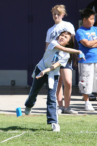 2007 Lutheran elementary school track meet. (Image taken with Canon EOS 20D at ISO 400, f5.0, 1/2000 sec and 200mm)