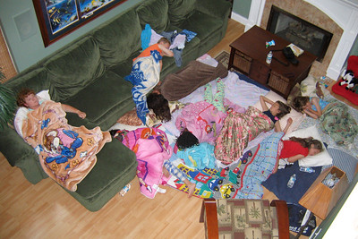 Sydney and a few friends had a sleep over to spend time together before our move to Virginia. (Image taken with Canon PowerShot A95 at ISO 0, f2.8, 1/60 sec and 7.8mm)