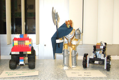 The 1st Grade class was supposed to build something using 100 pieces. Christopher built a Lego knight and catapult. (Image taken with FinePix F10 at ISO 800, f2.8, 1/100 sec and 8mm)