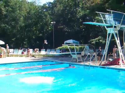 We enjoyed a day of swimming and a Labor Day picnic at Donaldson Run Pool, which is just around the corner from the house.